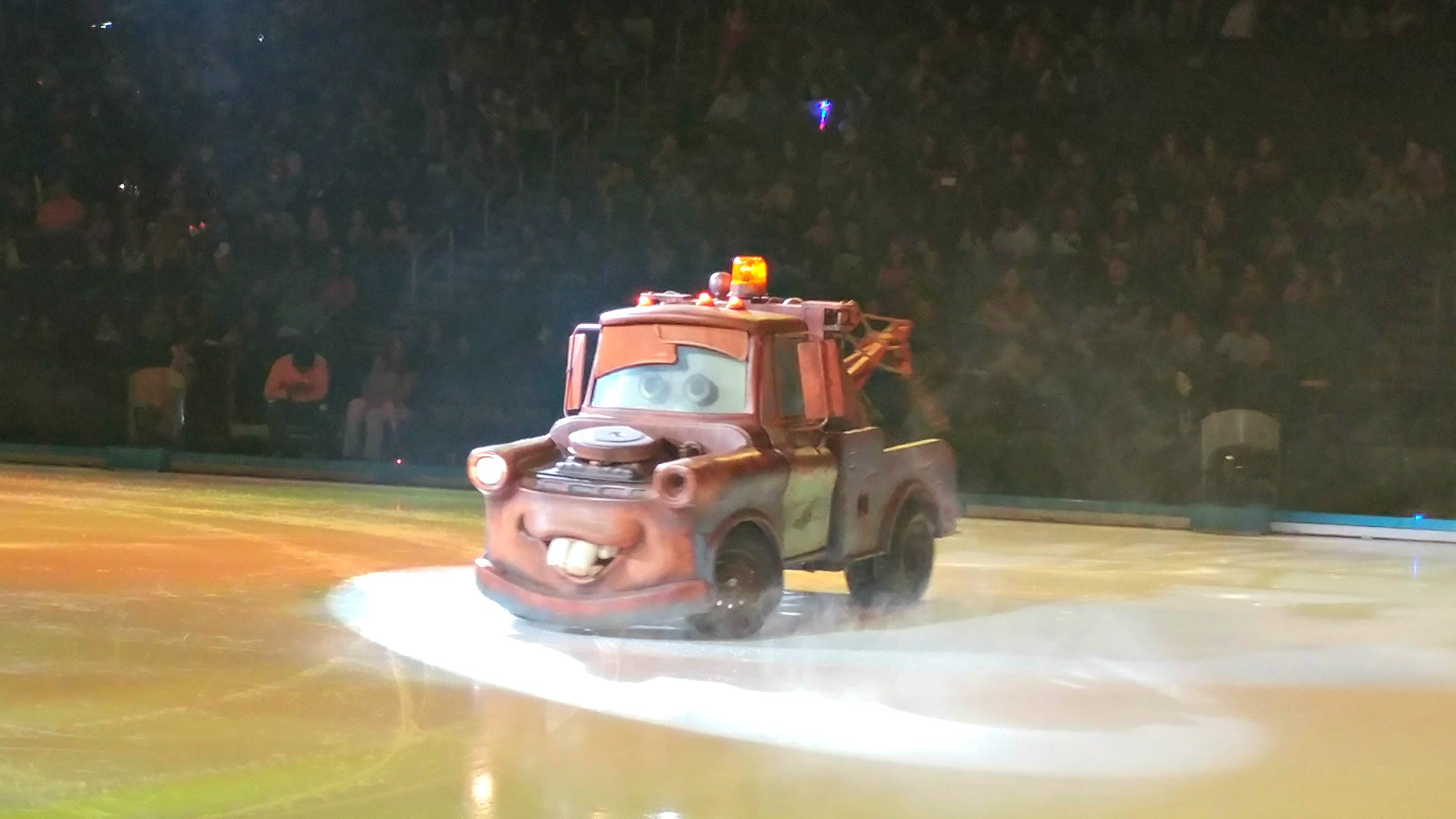 Mickey's car is in trouble. Good thing he knows a tow truck! Mater helps out in Disney On Ice!