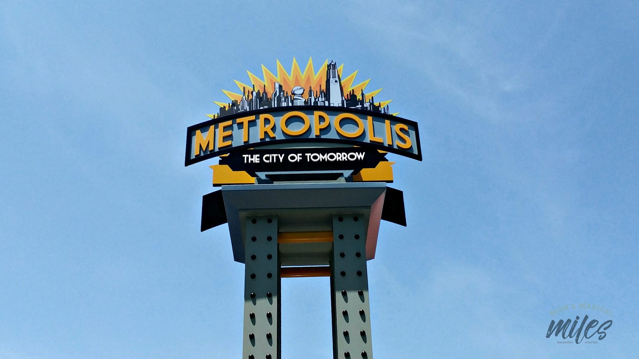 The newest themed area at Six Flags Over Georgia is Metropolis! It hols the Superman: Ultimate Flight ride and the new Battle For Metropolis.