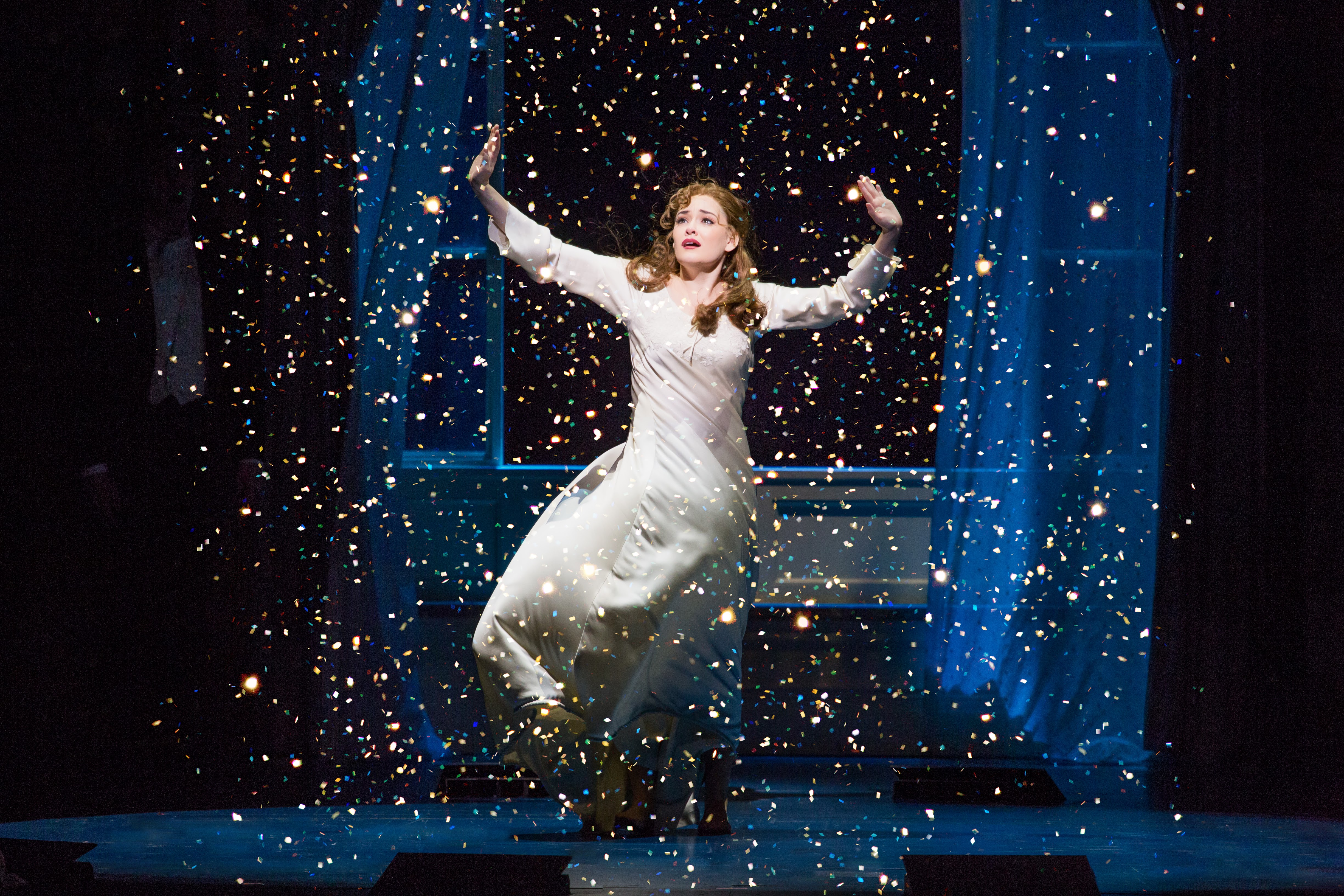 This is the most amazing scene in the Finding Neverland production. The set design and special effects are breathtaking!