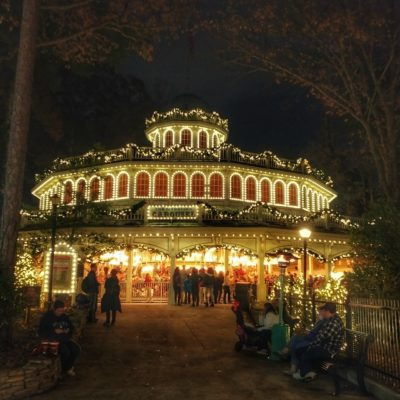 5 Things To Enjoy (Besides Rides) at Six Flags Holiday In The Park