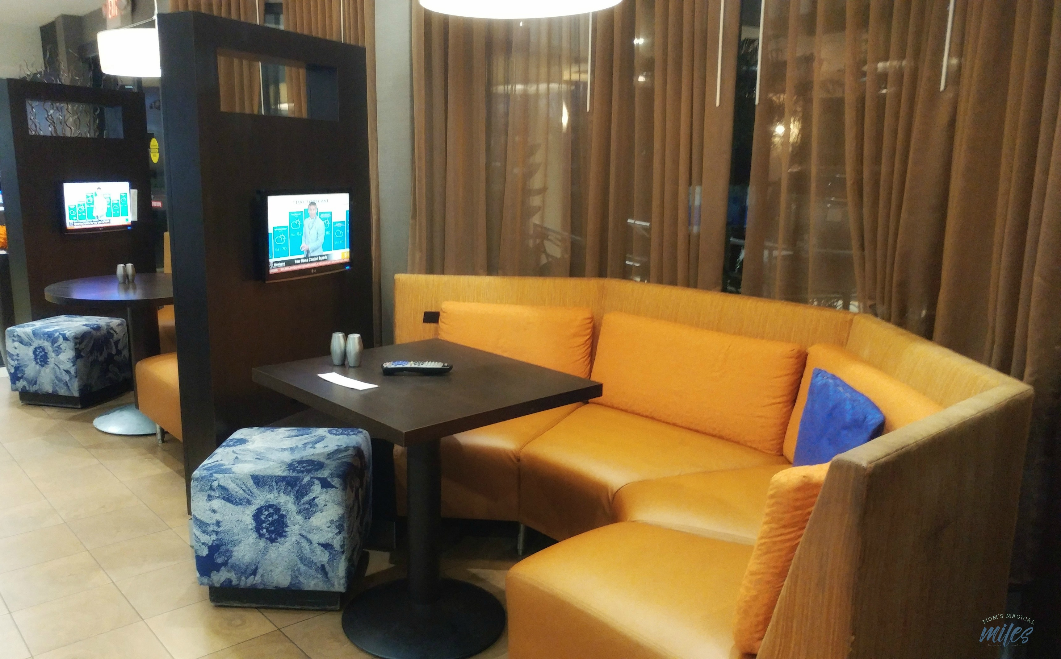 The Marriott Courtyard Mayo Clinic in Jacksonville, FL has intimate seating areas for personal viewing.